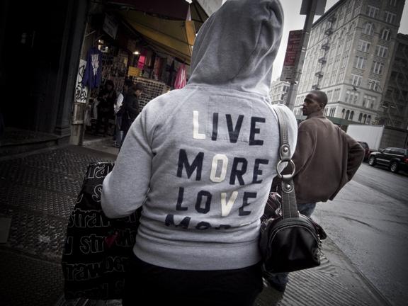 LiveLove13667